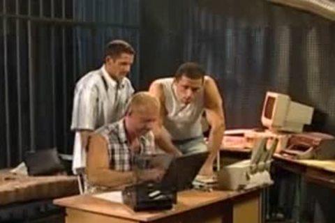 Watch Sarava - Hangar (2004)