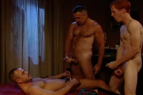 Three-way With Flip-bang: Taurus Dean, Nathan York & Blu Kennedy - 110 In Tucs0n