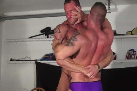 Oil Hunks Mark Muscle Vs Matt Trasher