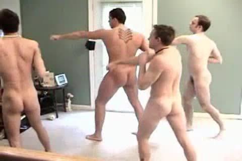 nude Boyz