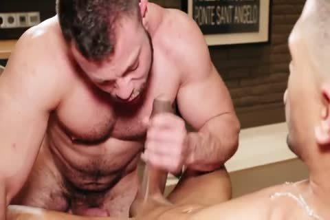 nice-looking Muscle