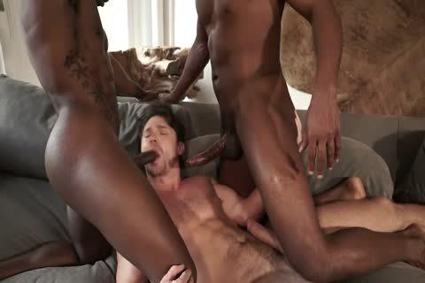 Interracial 3some (dp)