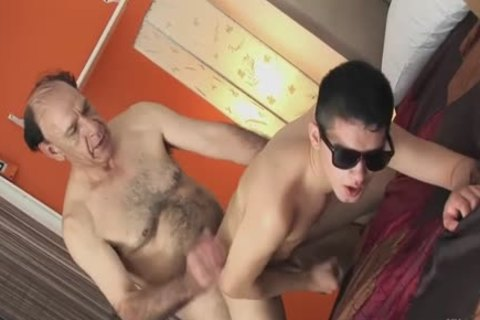 I Want old man's overweight cock