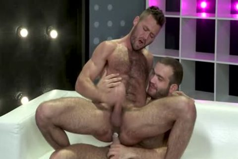 Muscle Bear anal And anal semen flow