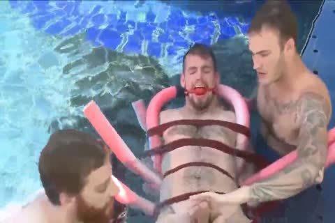 threesome Pool lad