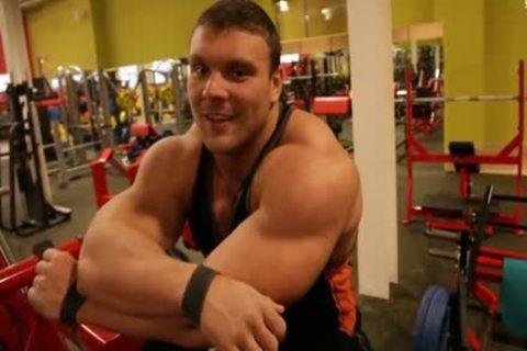 Ruso big (Russian Federation Muscle)