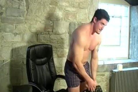 Muscled Sam Jerks Off