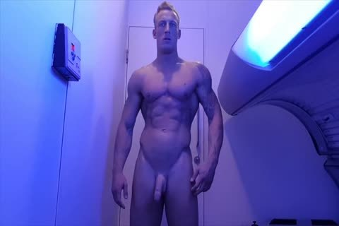 British Hunk Takes A Shower