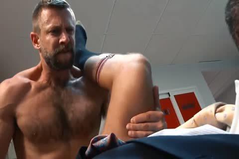 Bulrog bonks Logan
