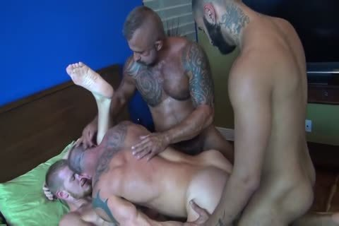 4 Bears With palatable large cocks & palatable Holes