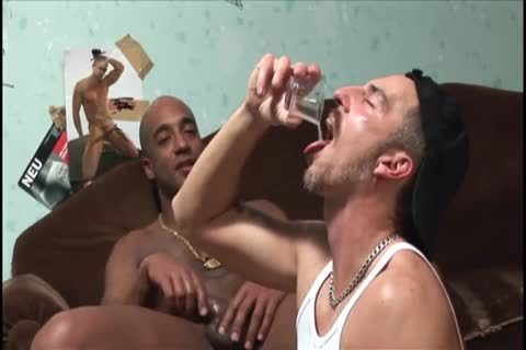 Poppers Trainer - wet, stunning And Raunchy