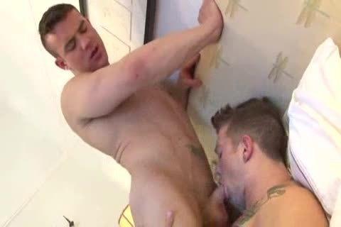 gorgeous str8 dude receives fucked
