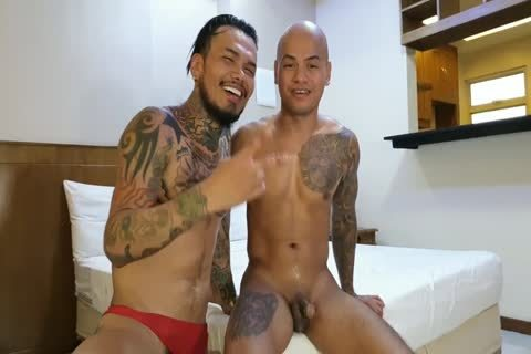 Pablo Bravo bonks asian nude