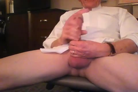 gigantic Dicked daddy wanking 001