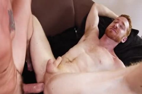 Ethan Metz pokes Leander bare
