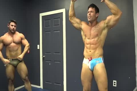 Muscle guys Zach & Joey Wrestle