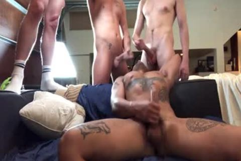 GayRoom muscular Muscle boyz bang