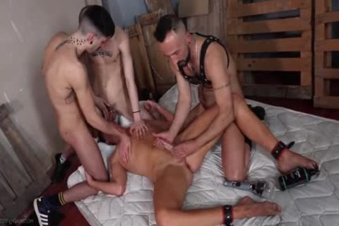 twink group-team-poked