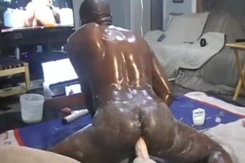 OILED overweight a-hole, SLAMMIN & BOUNCING ON FAV. throbbing sex tool