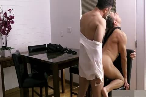 daddy Teaches His Little Pig Son A large Lesson