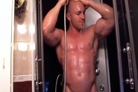 muscular guy In The Shower Getting sleazy