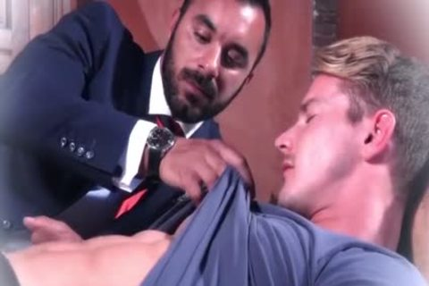 Muscle gays butthole sex And cumshot