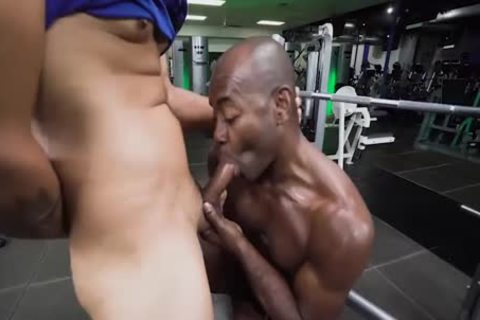Aaron Trainer Trains His penis
