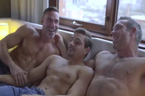 Muscle guys Fuking wild