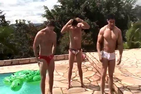 Pool twinks