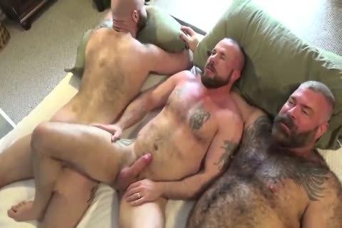 astonishing FUCKER Bear Barebacking