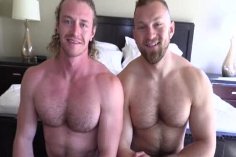 'Jaxon Valor gets Filled And Showered By Russel's chubby penis'