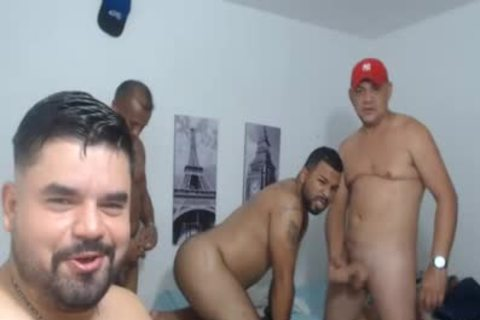 4 older males pounding In Live