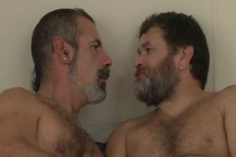 (O4M) - Bread For Two Hunky Bears (Igor,Remo) (2015.10.1)