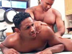 2 muscular twinks suck and pound each otthellos guyr