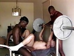 African studs pounds greetingss fellow In Ttgreetingss chab Gym